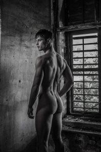 mann rücken nackt akt - DH Fotoart.ch für Spezielles